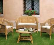 Poltrona e divano Belmonte